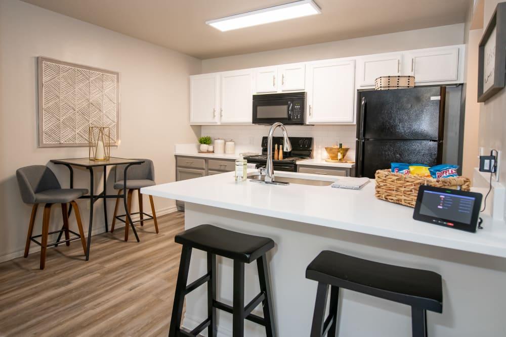 Modern kitchen at Cross Timber in Oklahoma City, Oklahoma