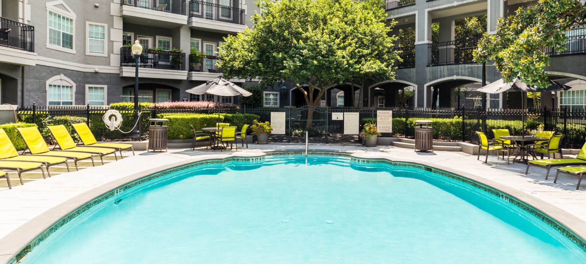 Apply to live at Marquis at Tanglewood in Houston, Texas