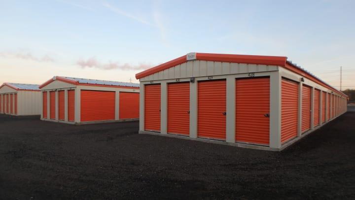 new apple self storage thunder bay location