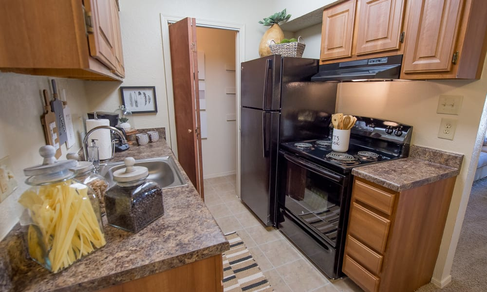 Beautiful kitchen at Sunchase Apartments in Tulsa, Oklahoma