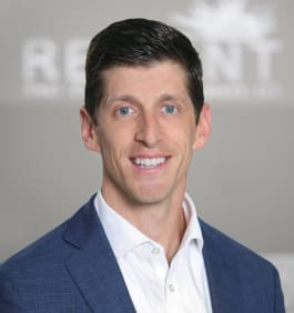 Kris Benson at Reliant Investments in Roswell, Georgia