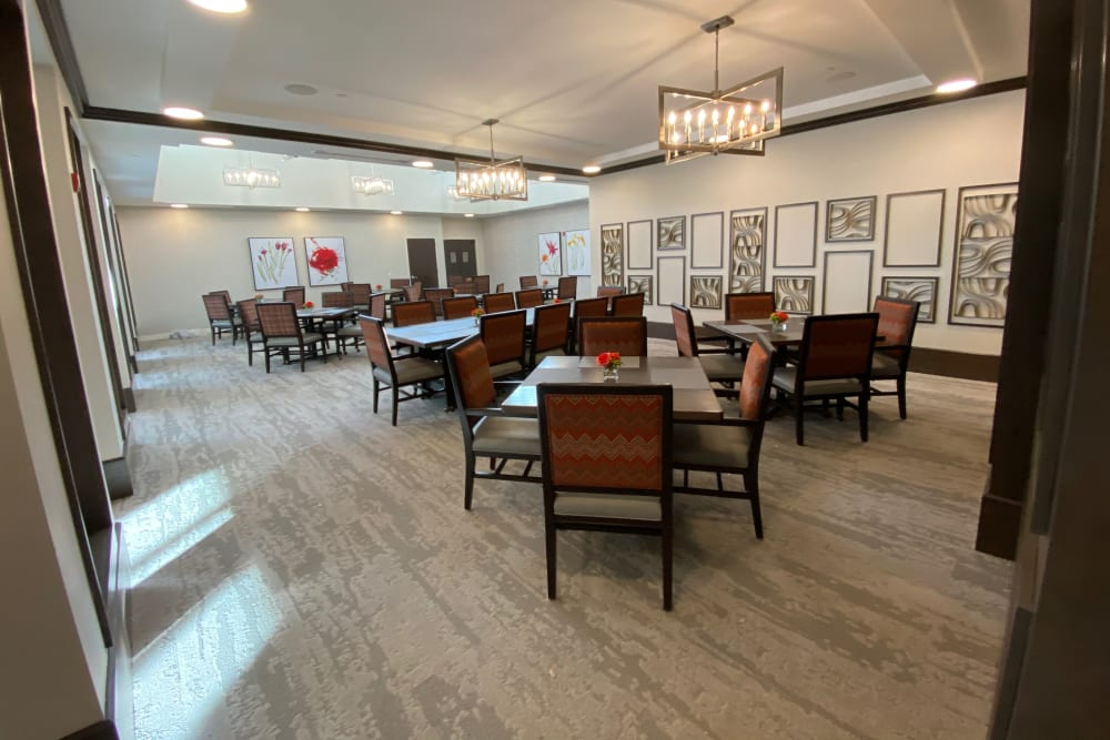 Dining area at Aspired Living of La Grange
