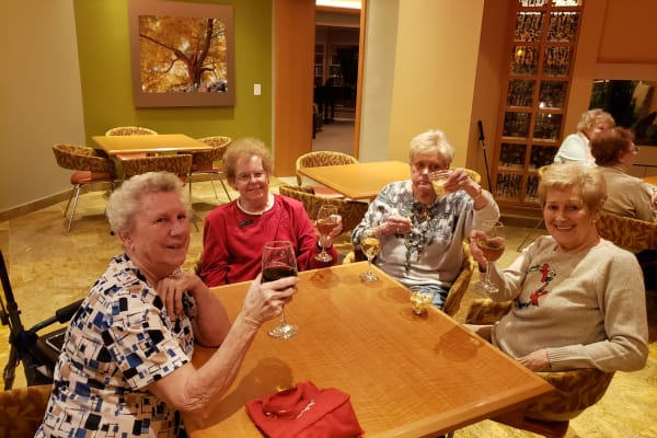 Residents having drinks at All Seasons of Rochester Hills in Rochester Hills, Michigan