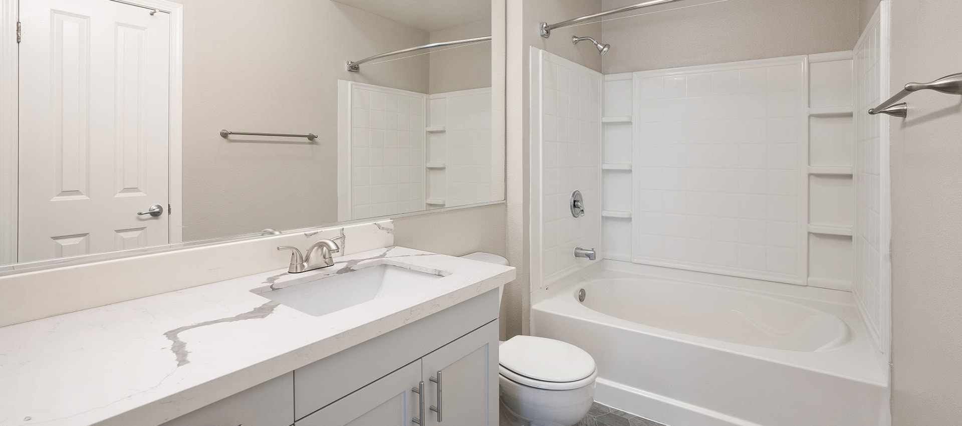 Bathroom with large tub at Park Central in Concord, California
