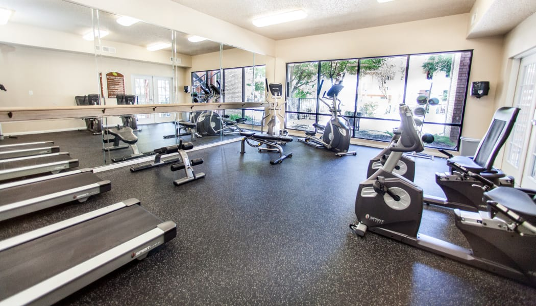 Onsite fitness center at Ashley Oaks in San Antonio, Texas
