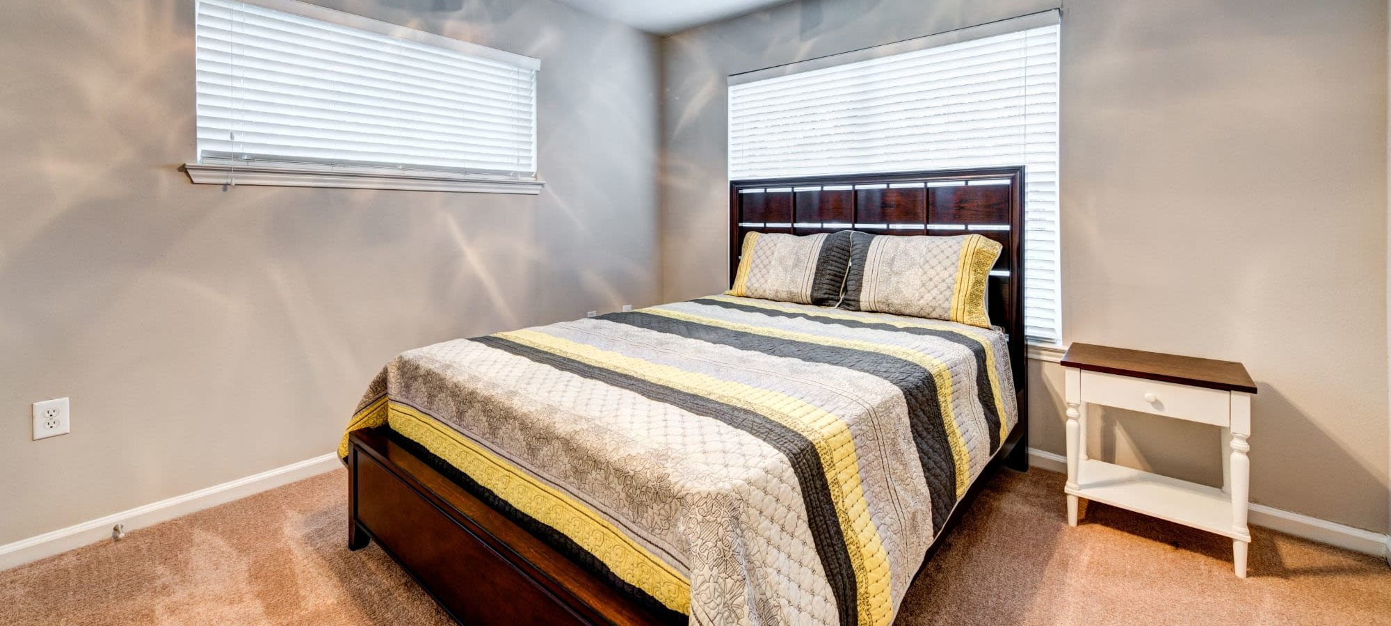 Apply to live at Marquis on Cary Parkway in Morrisville, North Carolina