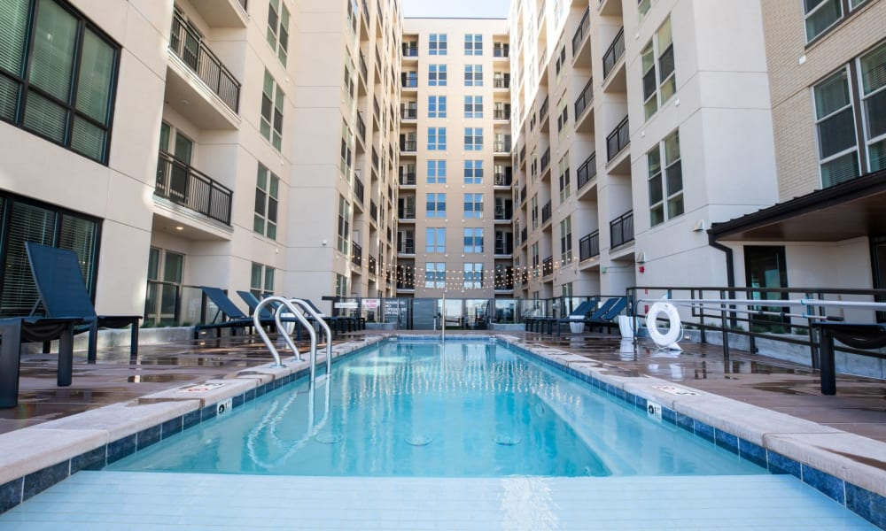 Our Apartments in Downtown Denver, Colorado has a Beautiful Swimming Pool