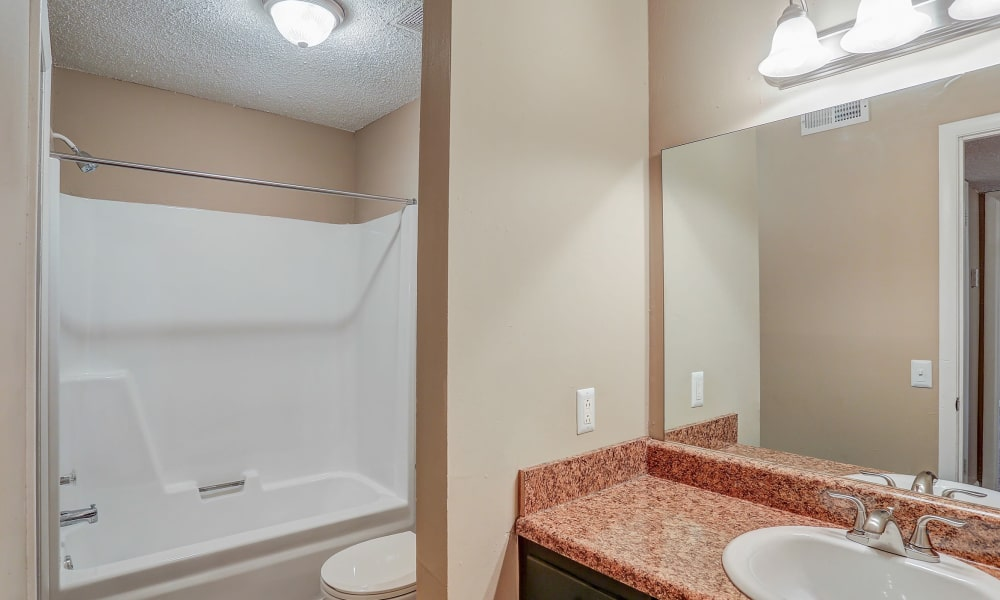 Our modern apartments and townhomes in Murfreesboro, Tennessee showcase a bathroom