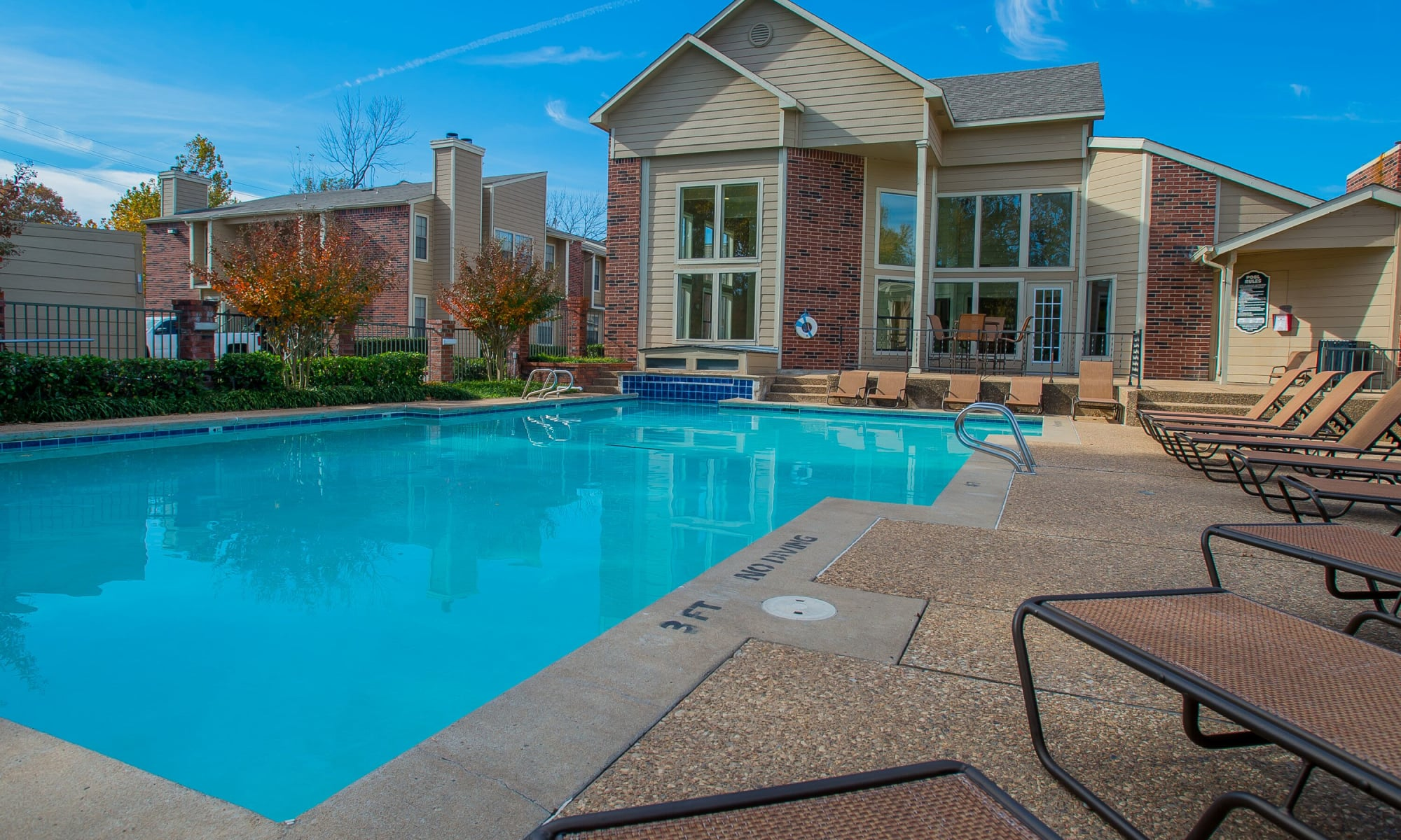 Creekwood Apartments in Tulsa, Oklahoma