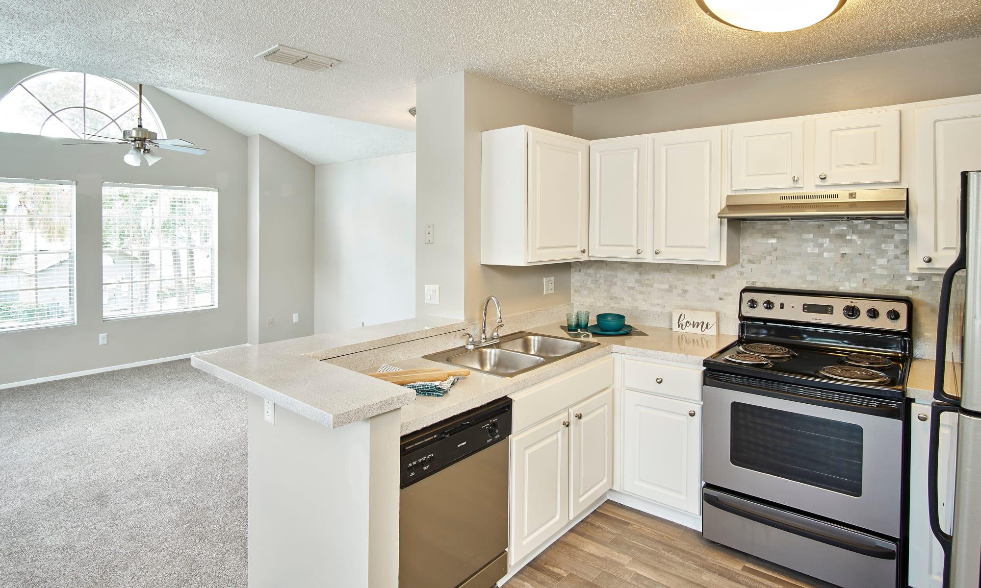 Apartments for rent at Avenue @Creekbridge in Brandon, Florida