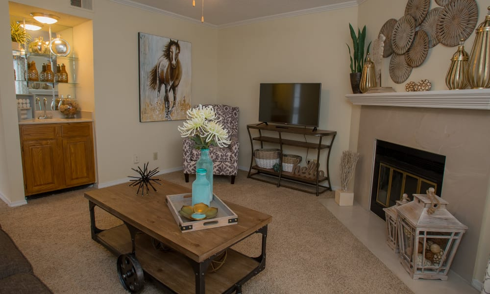 Stylish living room at Creekwood Apartments in Tulsa, Oklahoma