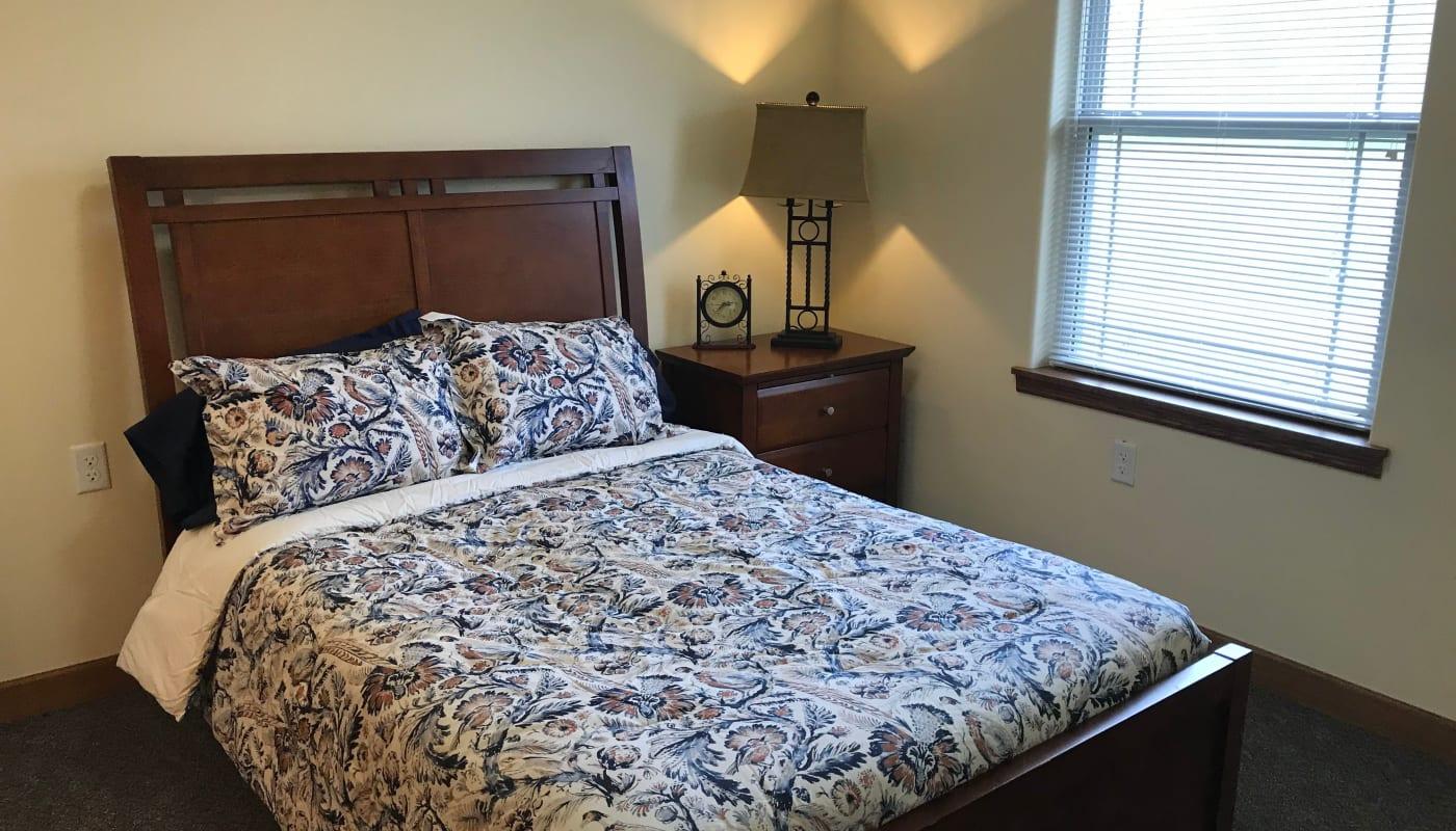 Model resident bedroom at Prairie Hills Senior Living in Des Moines, Iowa.