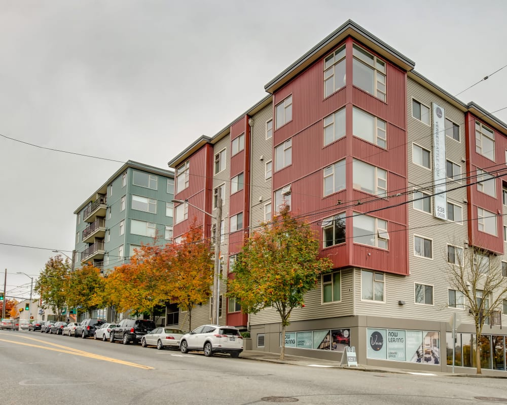 Exterior view of our urban community at Verse Seattle in Seattle, Washington