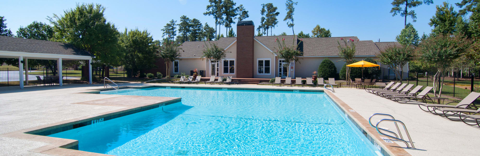 Apartments at Amber Chase Apartment Homes in McDonough, Georgia