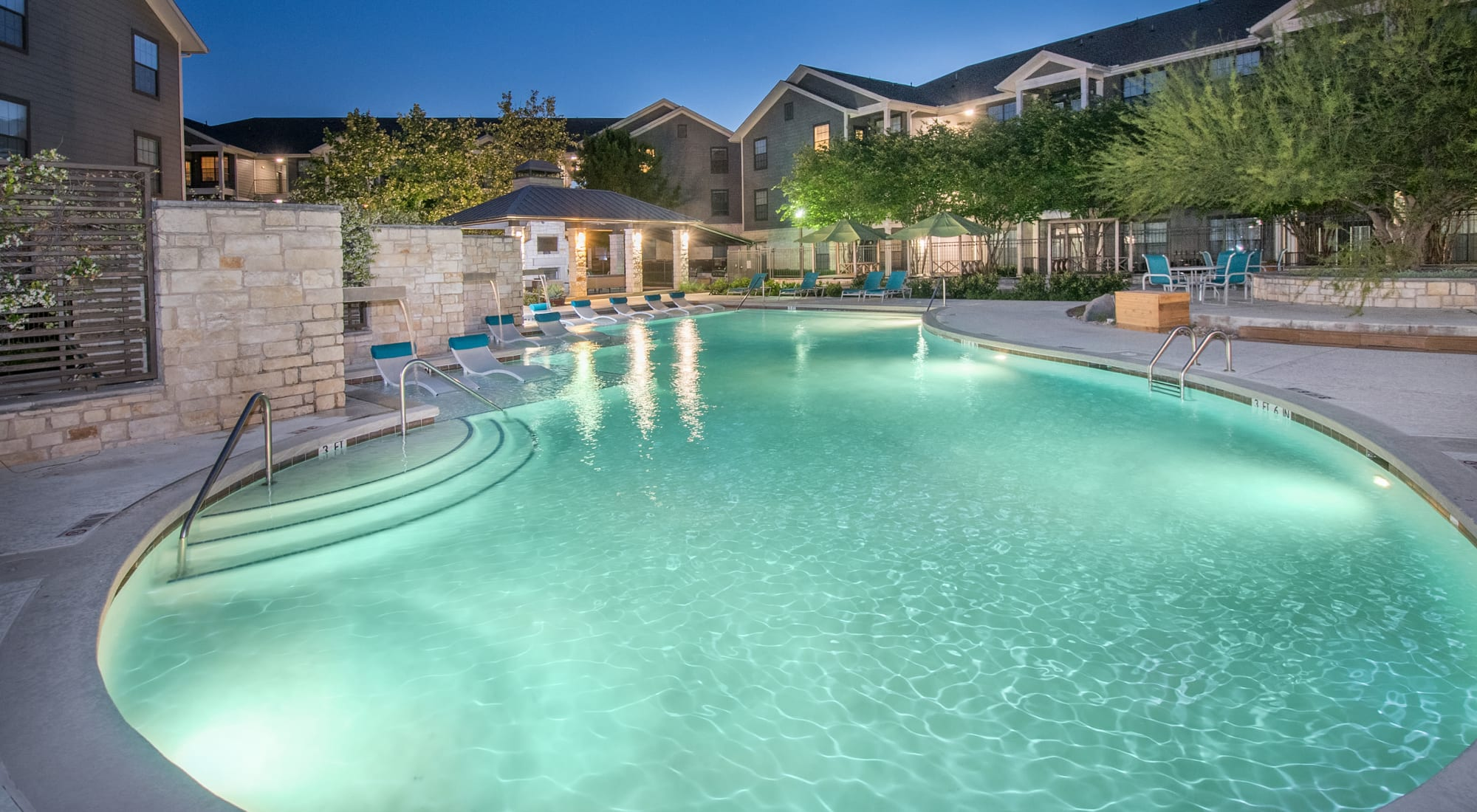 Texas apartments at Villas Tech Ridge in Pflugerville