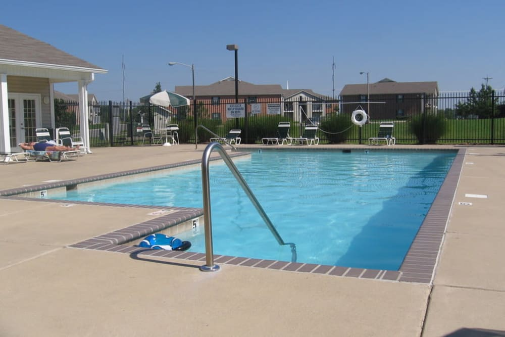The community pool at Park Trail Apartments in Shelbyville, Tennessee