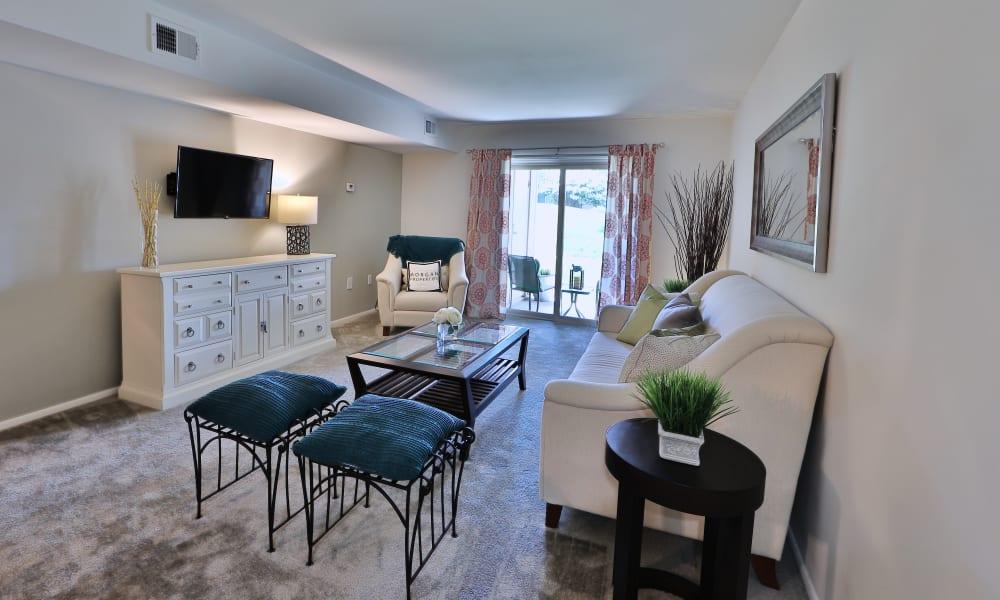 Enjoy Spacious Apartment Layouts at Lakewood Hills Apartments & Townhomes in Harrisburg, Pennsylvania