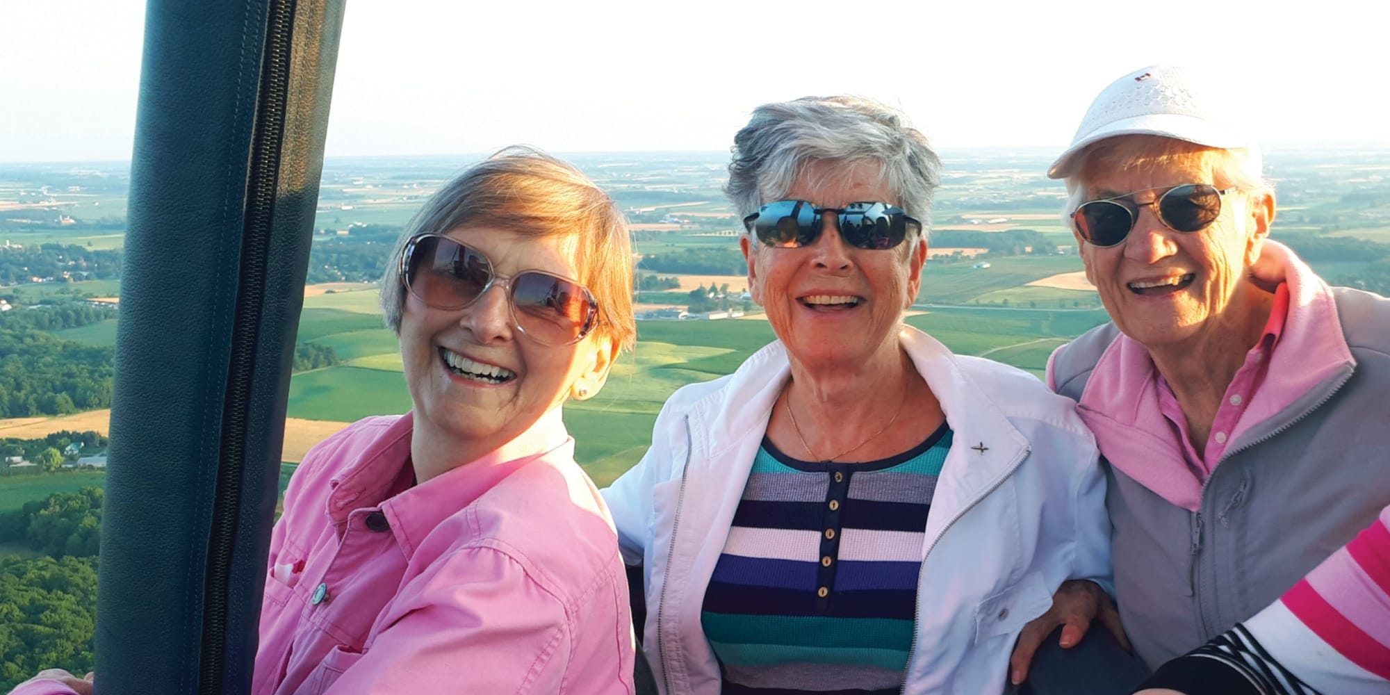 Residents from Chesterfield Heights in Midlothian, Virginia taking a air balloon tour