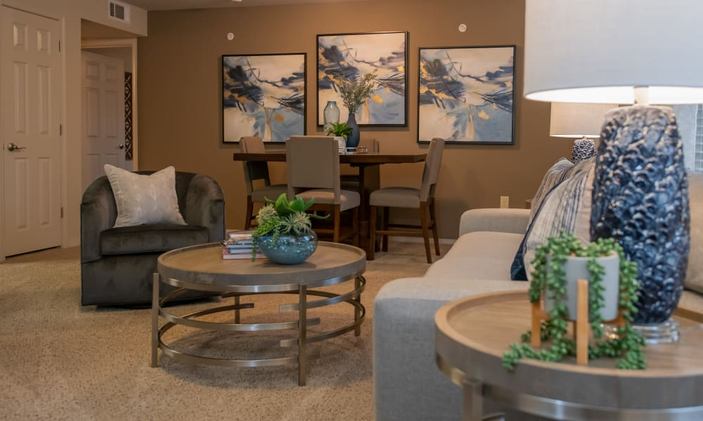 Cozy living and dining room at Cascata Apartments in Tulsa, Oklahoma
