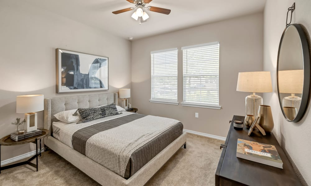 Apartment Bedroom |  Wiregrass at Stone Oak