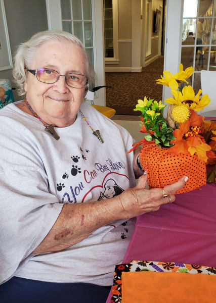 Glen Mills residents created pumpkin-themed decorations for their homes!