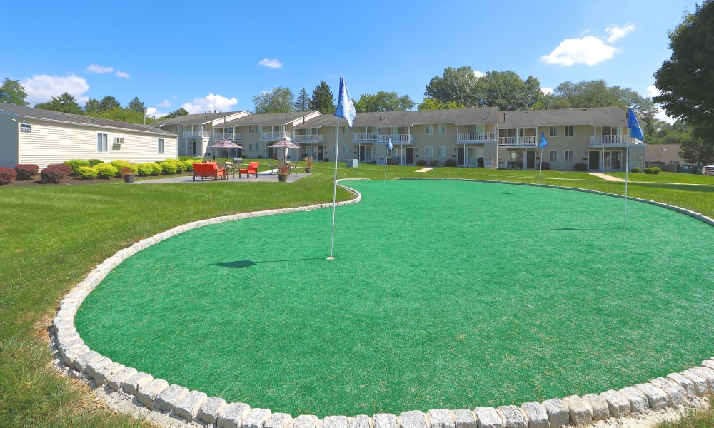 Putting Green at Greentree Village Townhomes in Lebanon, Pennsylvania
