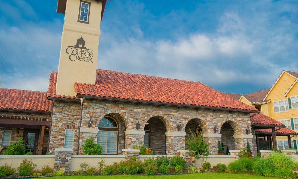 Clubhouse at Coffee Creek Apartments in Owasso, Oklahoma