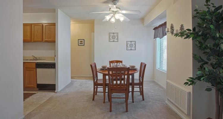 Dining room at Parkway Apartments