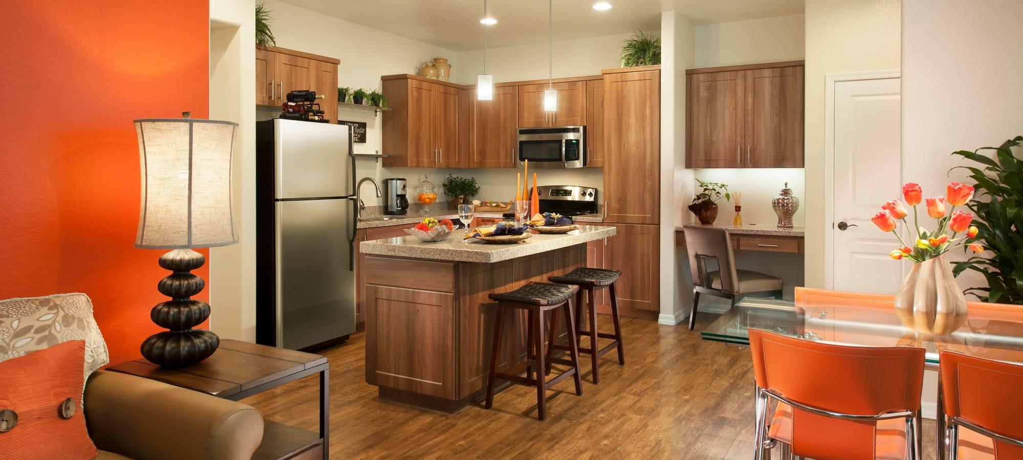 Open kitchen with breakfast bar at San Capella in Tempe, Arizona