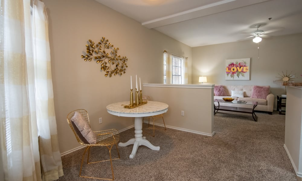 An apartment dining table at Arbors of Pleasant Valley in Little Rock, Arkansas