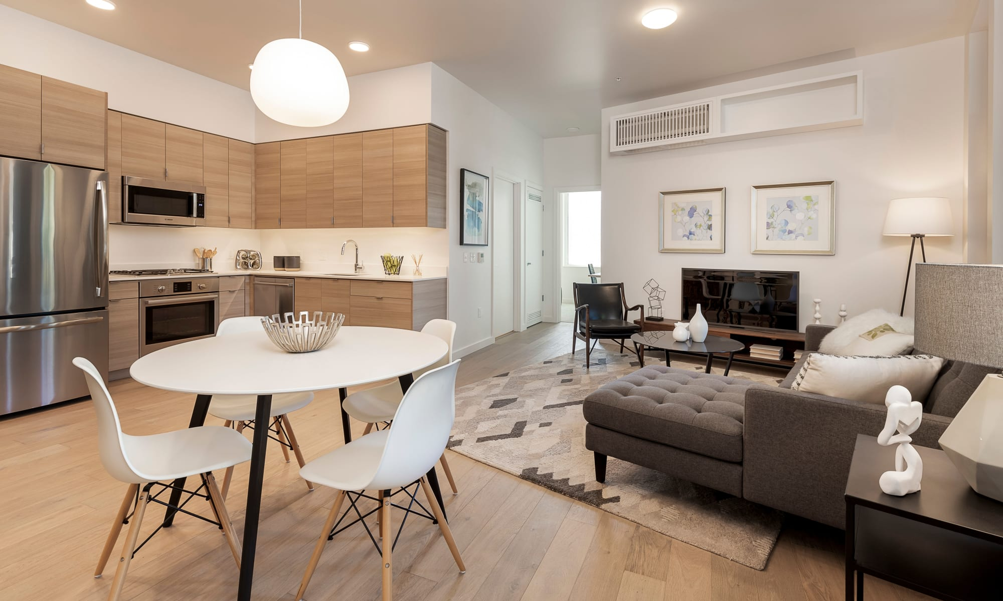 Apartments at TwentyTwenty Apartments in Portland, Oregon