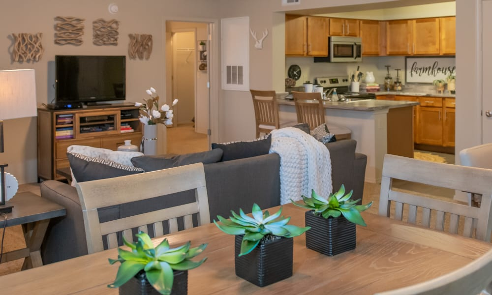 Open living and dining at Cascata Apartments in Tulsa, Oklahoma