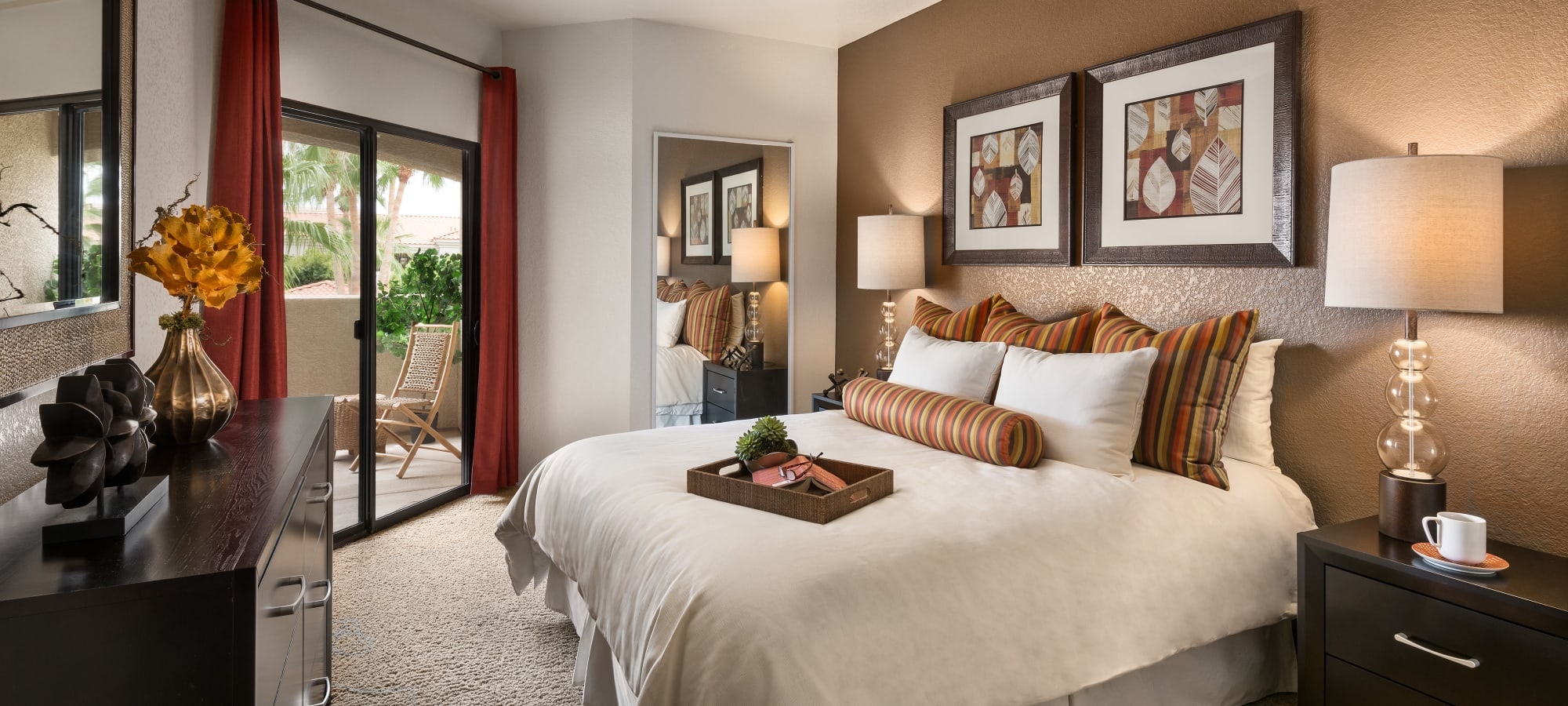 Our apartments in Glendale, Arizona showcase a luxury bedroom