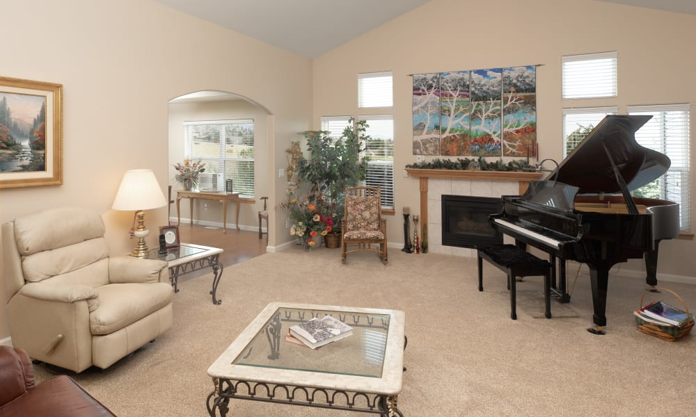 A cottage living room at Touchmark on Saddle Drive in Helena, Montana