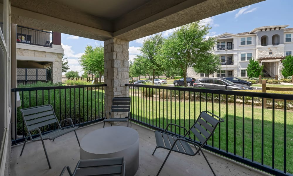 Apartment Patio |  Wiregrass at Stone Oak