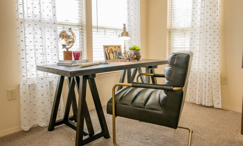 An apartment office nook at Tuscany Hills in Tulsa, Oklahoma