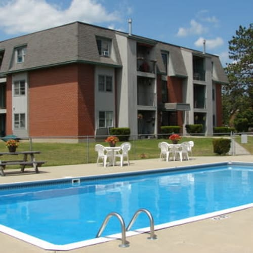 Branch River apartments in Raymond, New Hampshire