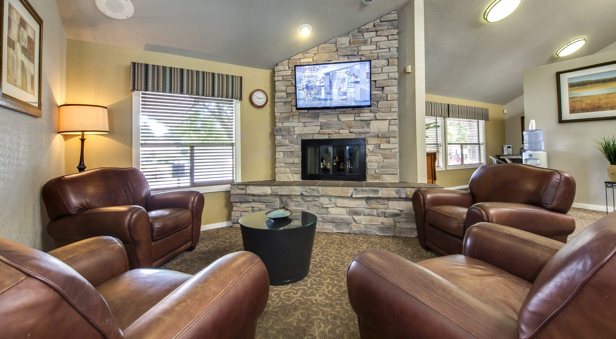 Amenities at Santana Ridge in Denver, Colorado