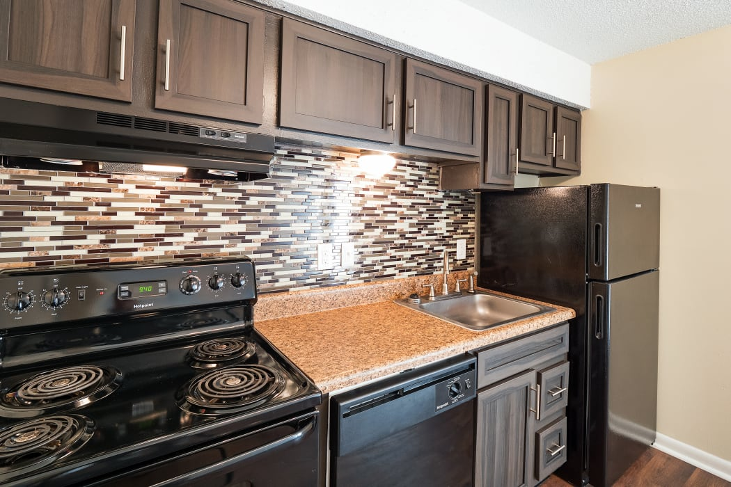 Bright kitchen at The Hills at Oakwood Apartment Homes in Chattanooga, TN