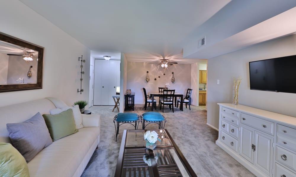 Living Room at Lakewood Hills Apartments & Townhomes in Harrisburg, Pennsylvania
