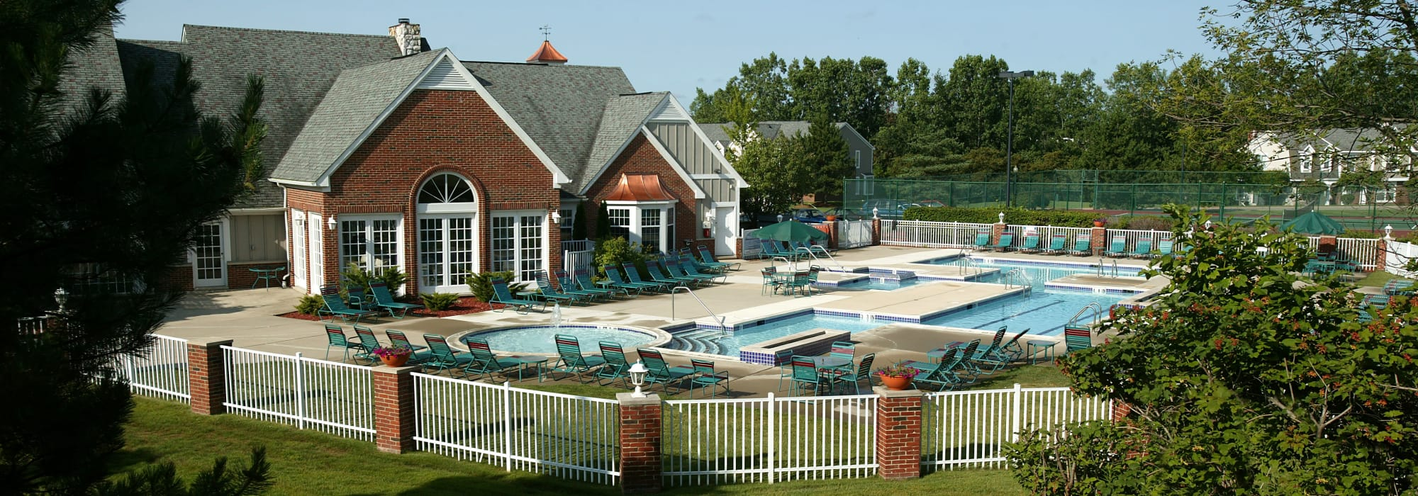 Apartments at Citation Club in Farmington Hills, Michigan