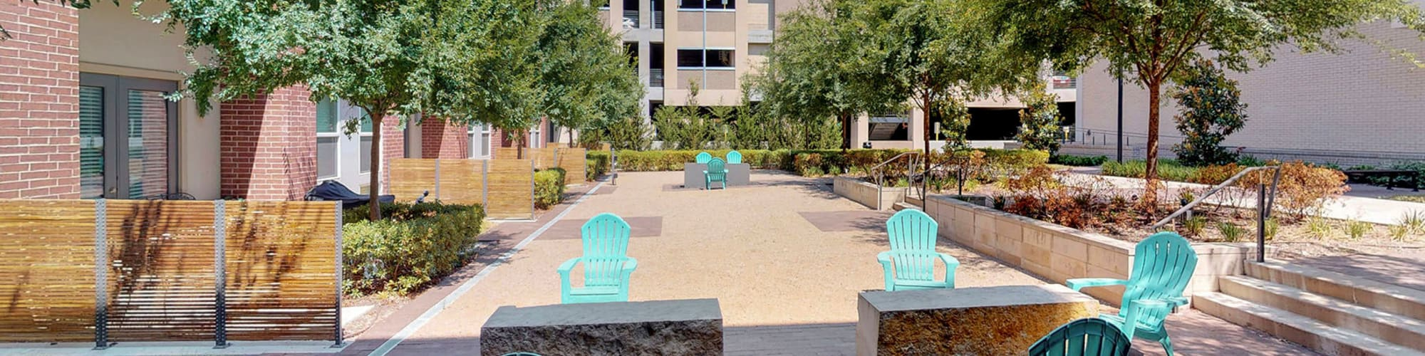 Reviews of Oaks 5th Street Crossing City Center in Garland, Texas