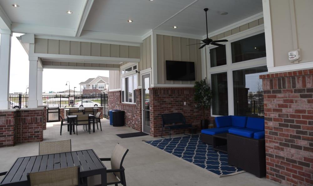 Outdoor seating area at Springs at Liberty Township Apartments in Liberty Township