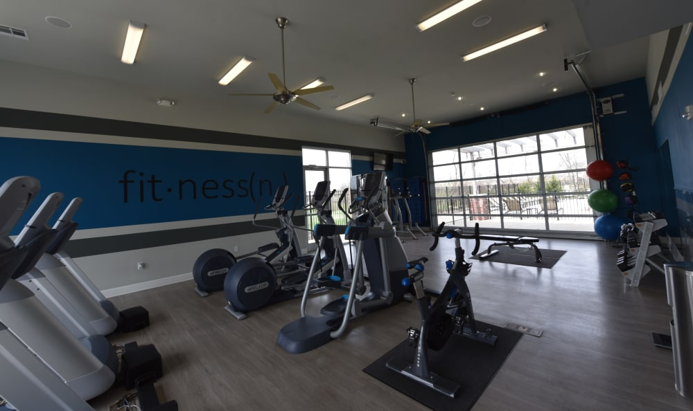 Fitness center at Springs at Liberty Township Apartments in Liberty Township