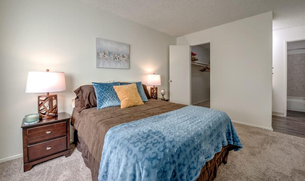 Comfortable bedroom at The Newporter in Tarzana, California