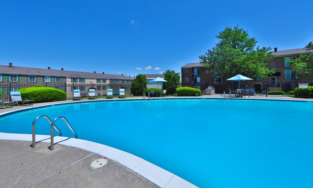 Swimming Pool to Eagle's Crest Apartments in Harrisburg, Pennsylvania