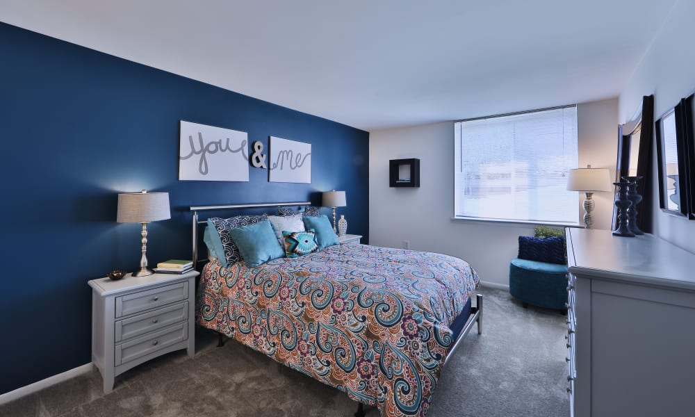 Bedroom at Lakewood Hills Apartments & Townhomes in Harrisburg, PA