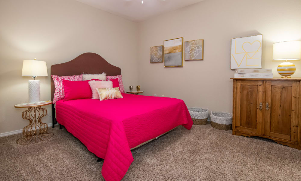 A large bedroom at Arbors of Pleasant Valley in Little Rock, Arkansas