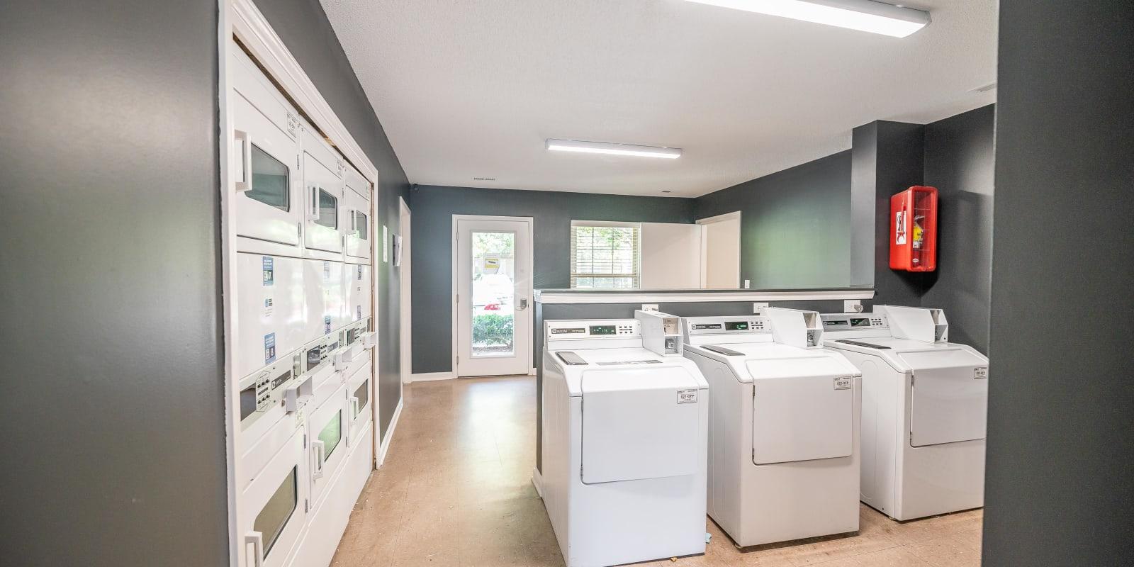 Community Laundry Room at Kannan Station Apartment Homes in Kannapolis, North Carolina