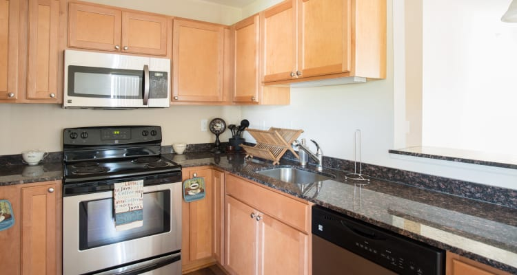 Fully Equipped Kitchen Room at Stonebridge Enclave in Ballston Lake
